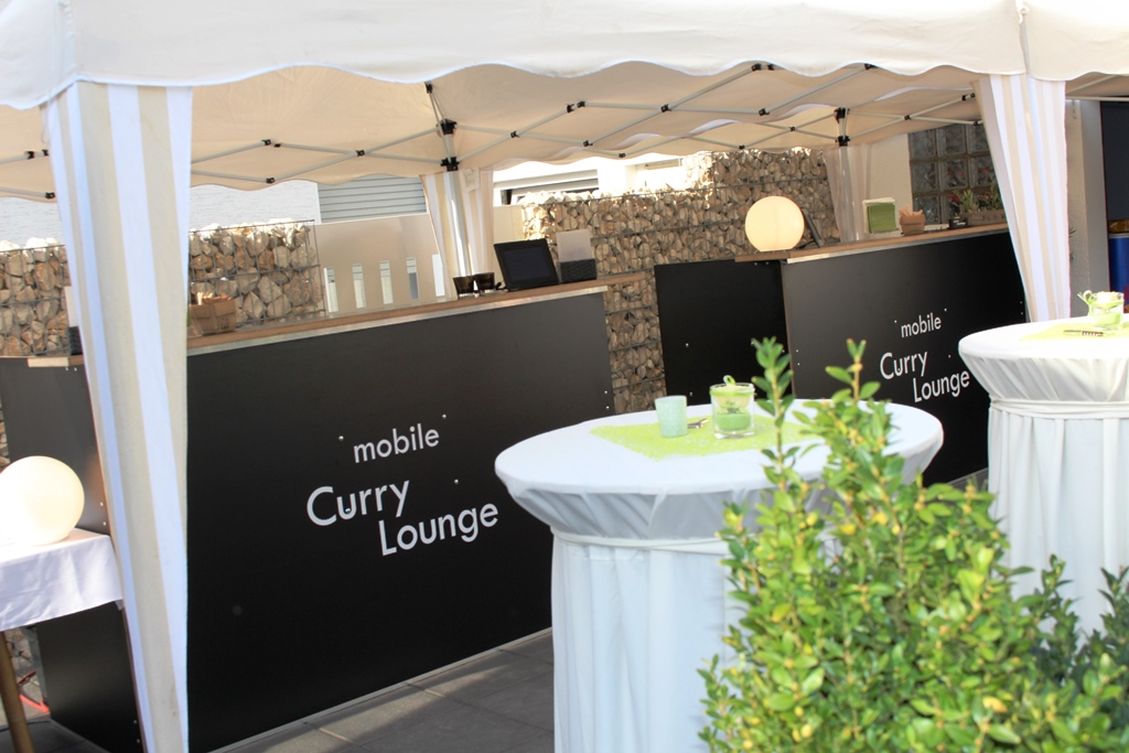 Wie sieht die mobile curry lounge aus mobile curry lounge - Polterabend dekoration ...